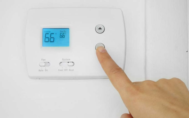 Is it Normal For My Air Conditioner to Turn On and Off?