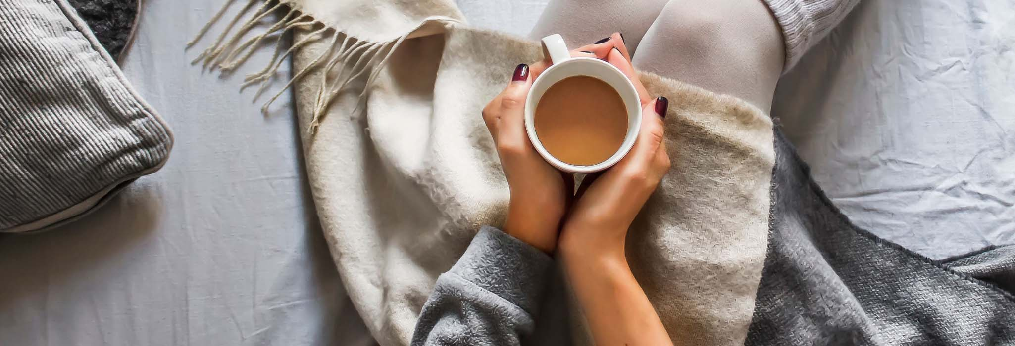 girl-with-warm-drink